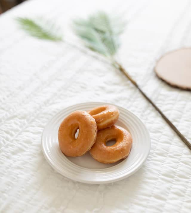 vegan krispy kreme donut